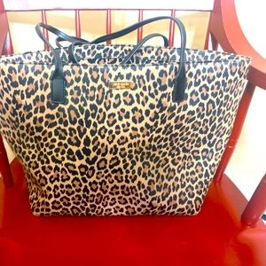Great used condition Kate spade large tote